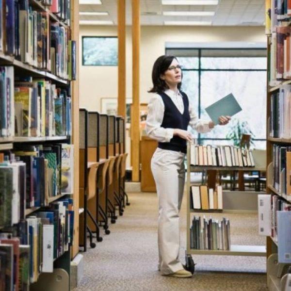 Academia para oposiciones de Administración en Valencia - biblioteca