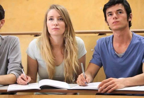 Academia para preparar las Pruebas de Acceso a Grado Superior - atentos