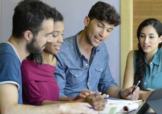 Academia para preparar el graduado en ESO en Valencia - examen