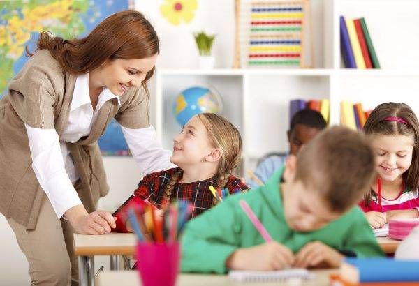 academia para preparar oposiciones de magisterio en Valencia - clase de infantil