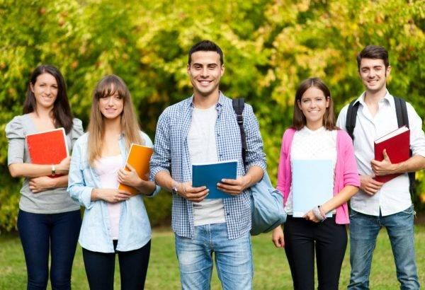 Academia de valenciano Superior en Valencia - grupo de estudiantes