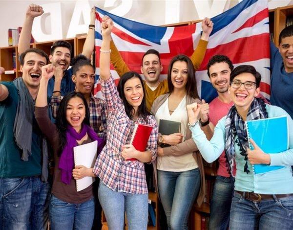 centro oficial de inglés en Valencia - grupo estudiantes