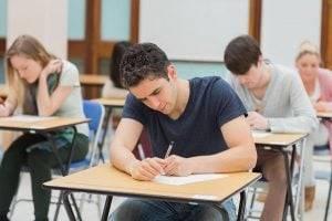 academia en valencia - clases con examen
